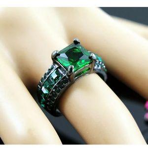 New Women's CZ Black Metal Fashion Ring